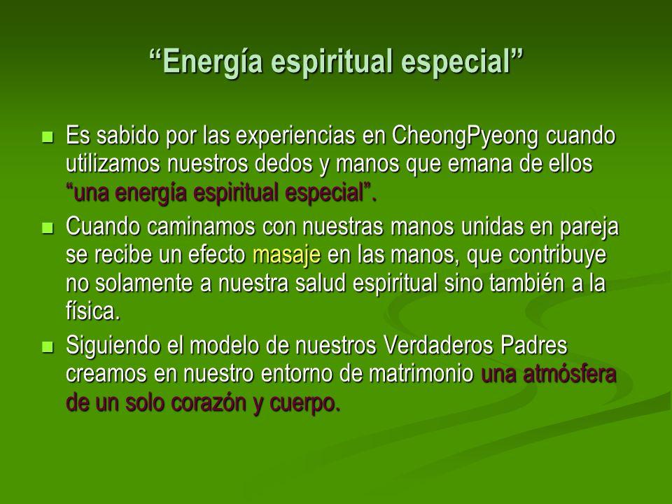 Energía espiritual especial Es sabido por las experiencias en CheongPyeong cuando utilizamos nuestros dedos y manos que emana de ellos una energía esp