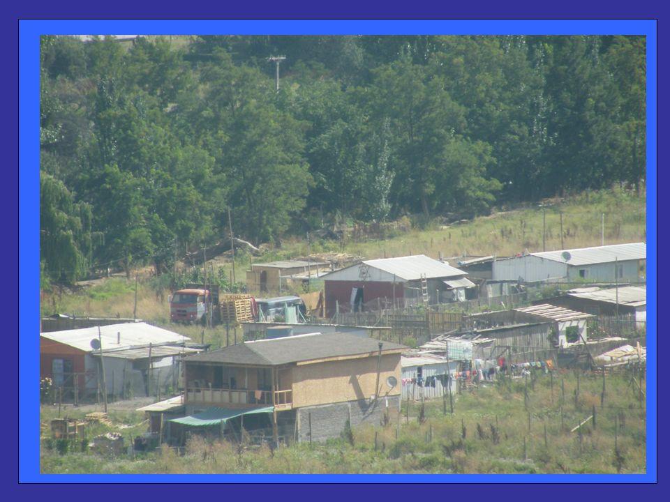 En la actualidad son cerca de 70 Familias las que viven en condiciones no acordes a las del siglo XXI.