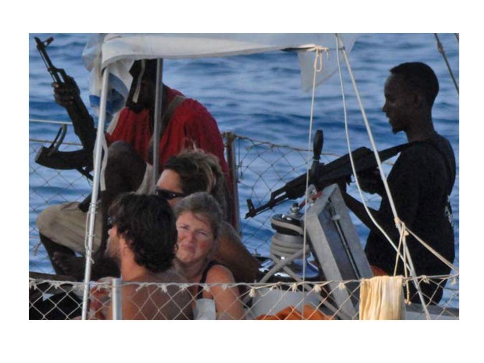 Piratas somalíes atacaron dos buques en el Golfo de Adén