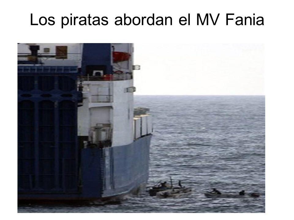 Los piratas abordan el MV Fania