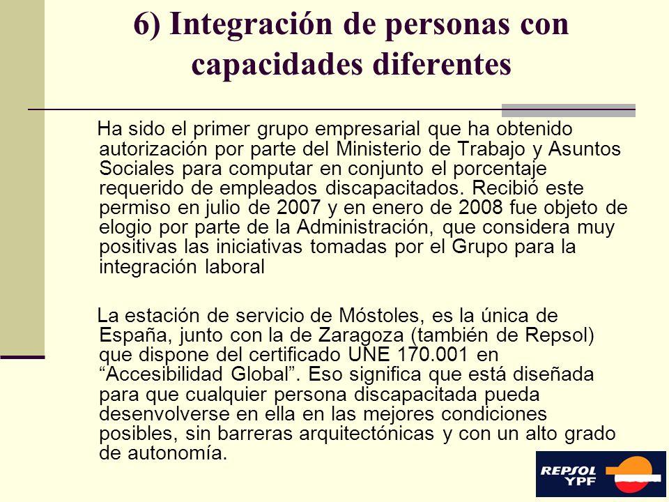 16 6) Integración de personas con capacidades diferentes Ha sido el primer grupo empresarial que ha obtenido autorización por parte del Ministerio de