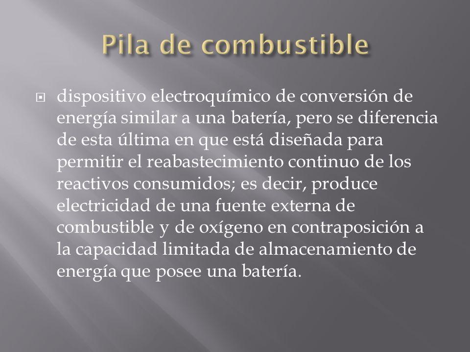 dispositivo electroquímico de conversión de energía similar a una batería, pero se diferencia de esta última en que está diseñada para permitir el rea