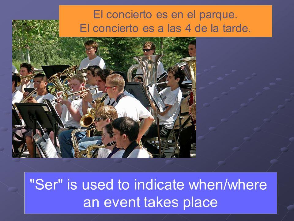 El concierto es en el parque. El concierto es a las 4 de la tarde.