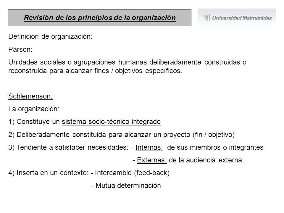 Definición de administración: Administrar proviene del latín ad que significa a y ministrare que significa servir .