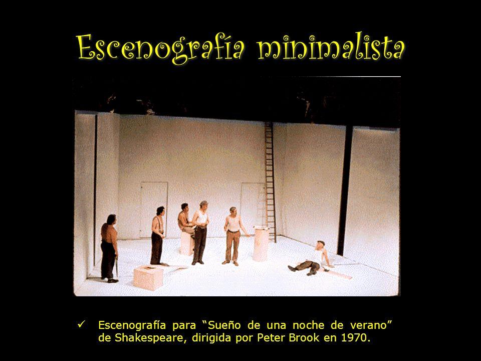 Escenografía minimalista Escenografía para Sueño de una noche de verano de Shakespeare, dirigida por Peter Brook en 1970.