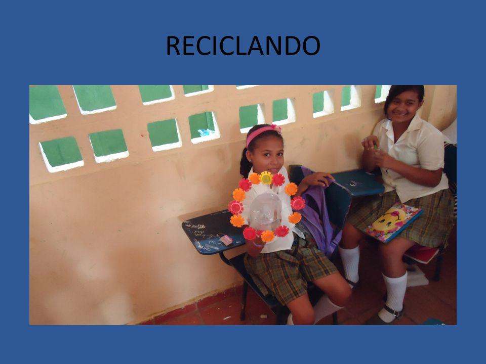 REUNION CON PADRES DE ALUMNOS CON BAJO RENDIMIENTO ACADEMICO