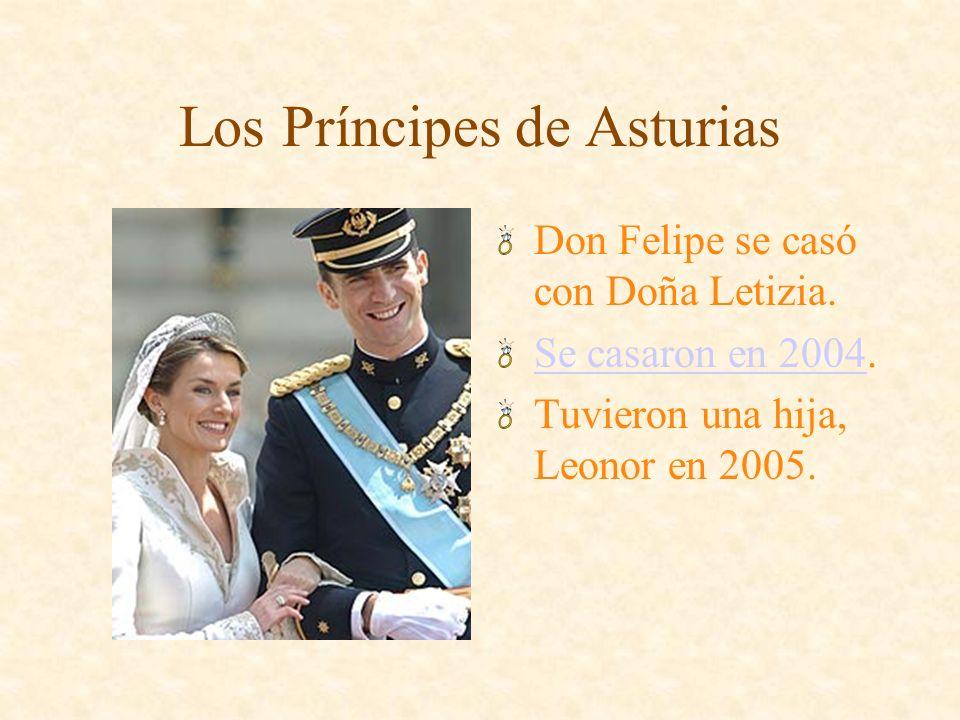 Los Duques de la Palma de Mallorca Doña Elena se casó con Don Iñakí Urdangarín. Se casaron en 2001. Tienen cuatro hijos.