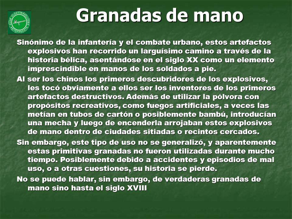 de piña: la forma más clásica y reconocible de las granadas de mano.