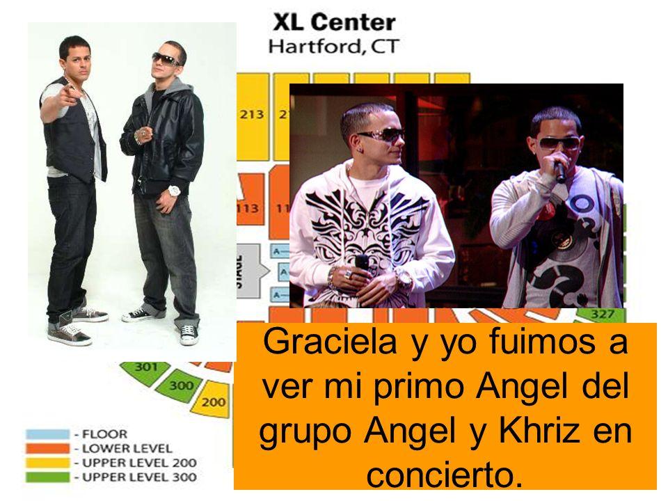 Graciela y yo fuimos a ver mi primo Angel del grupo Angel y Khriz en concierto.