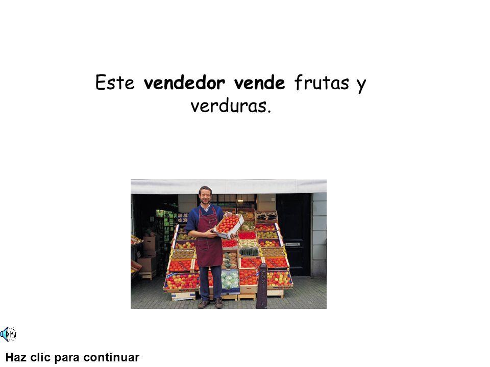 Este vendedor vende frutas y verduras. Haz clic para continuar
