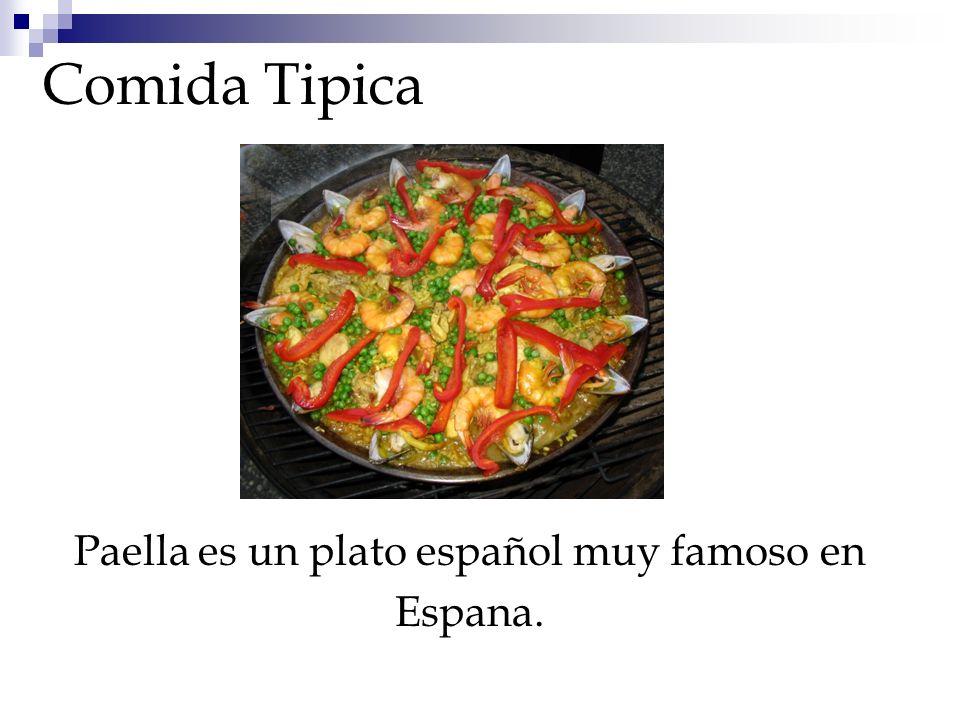 Comida Tipica Paella es un plato español muy famoso en Espana.