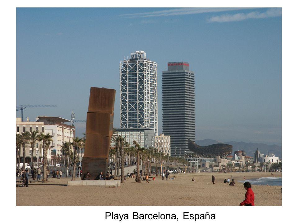 Playa Barcelona, España