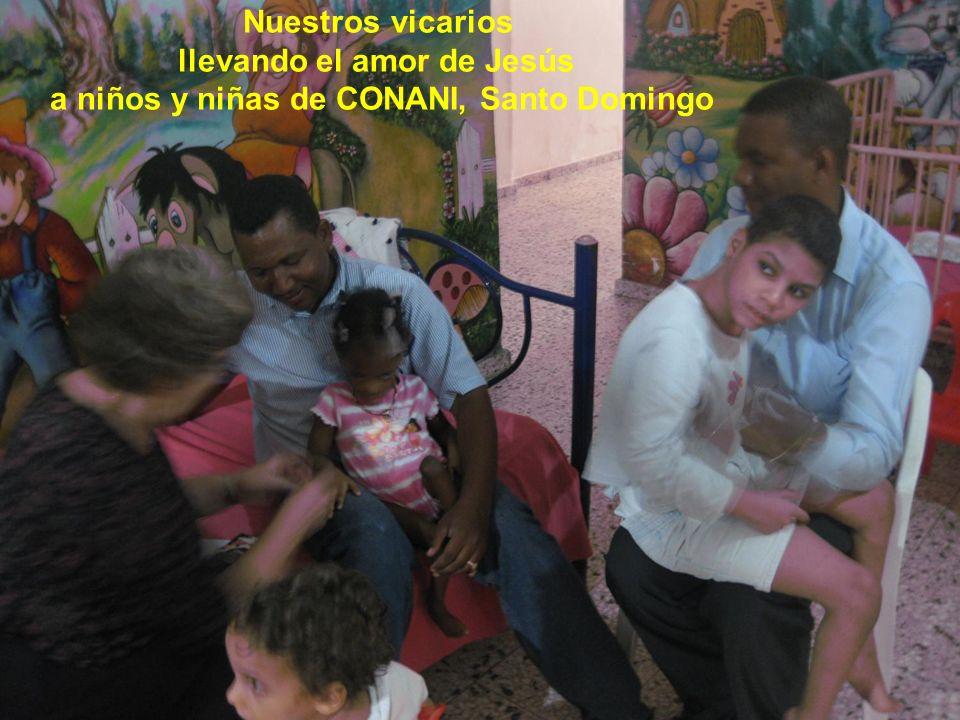 Nuestros vicarios llevando el amor de Jesús a niños y niñas de CONANI, Santo Domingo