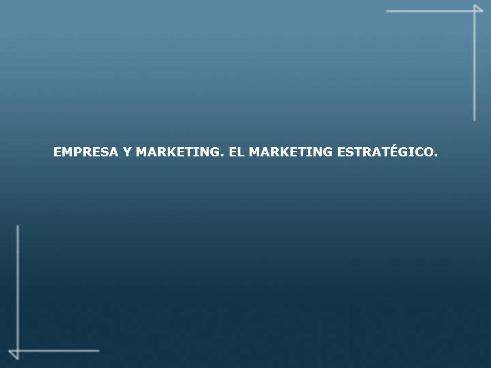 LAS DOS CARAS DE MARKETING MARKETING ESTRATEGICO Un proceso orientado al análisis MARKETING OPERATIVO Un proceso orientado a la acción ANALISIS DE LAS NECESIDADES Definición del mercado de referencia SEGMENTACION DEL MERCADO Unidades de negocio y segmentos estratégicos ANALISIS DE LAS OPORTUNIDADES Potencial del mercado y ciclo de vida de los productos ANALISIS DE LA COMPETENCIA Búsqueda de una ventaja competitiva DISEÑO DE UNA ESTRATEGIA DE DESARROLLO IDENTIFICAR SEGMENTOS EXISTENTES PLAN DE MARKETING Objetivos, posicionamiento, tácticas MARKETING MIX Producto, precio, distribución, comunicación PRESUPUESTO DE MARKETING IMPLEMENTACION Y CONTROL CONTROL 4.