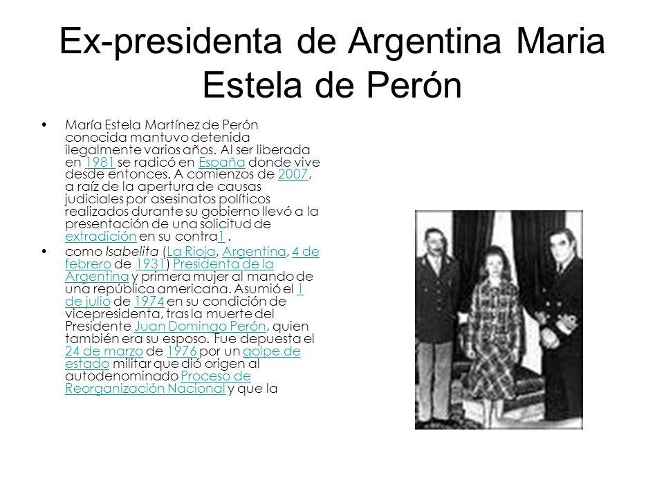 Las Madres de la Plaza de Mayo La Argentina en los anos 70s vivió gobernada por la viuda del general Perón, Maria Estela de Perón.