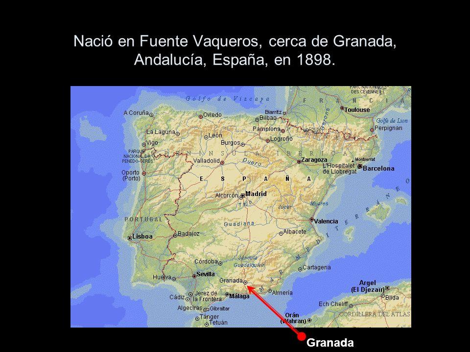 Nació en Fuente Vaqueros, cerca de Granada, Andalucía, España, en 1898. Granada