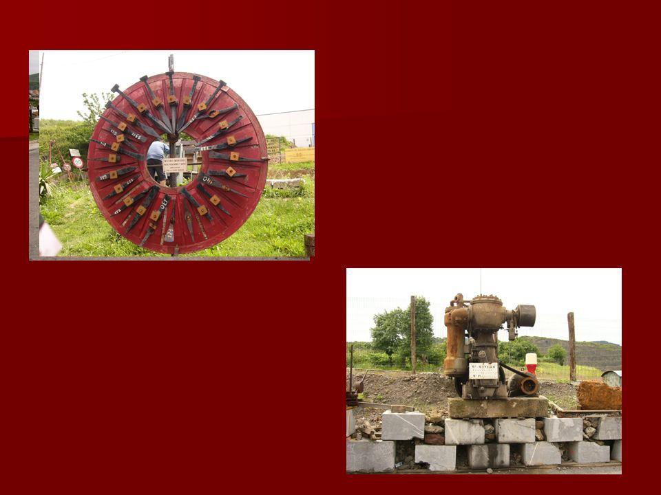 Utensilios para extracción del mineral Compresor y bomba Vagonetas para el desplazamiento del hierro Martillo pilón