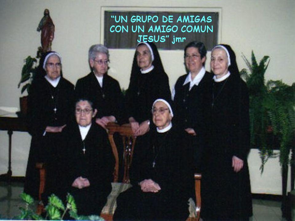 UN GRUPO DE AMIGAS CON UN AMIGO COMUN JESUS jmr
