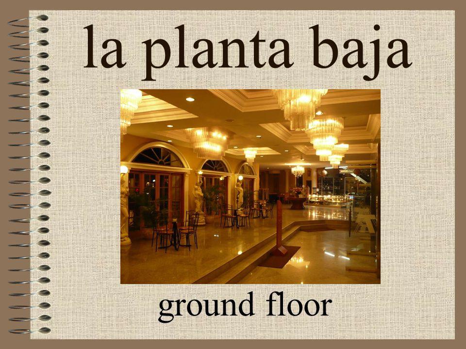 el piso story, floor 5 pisos