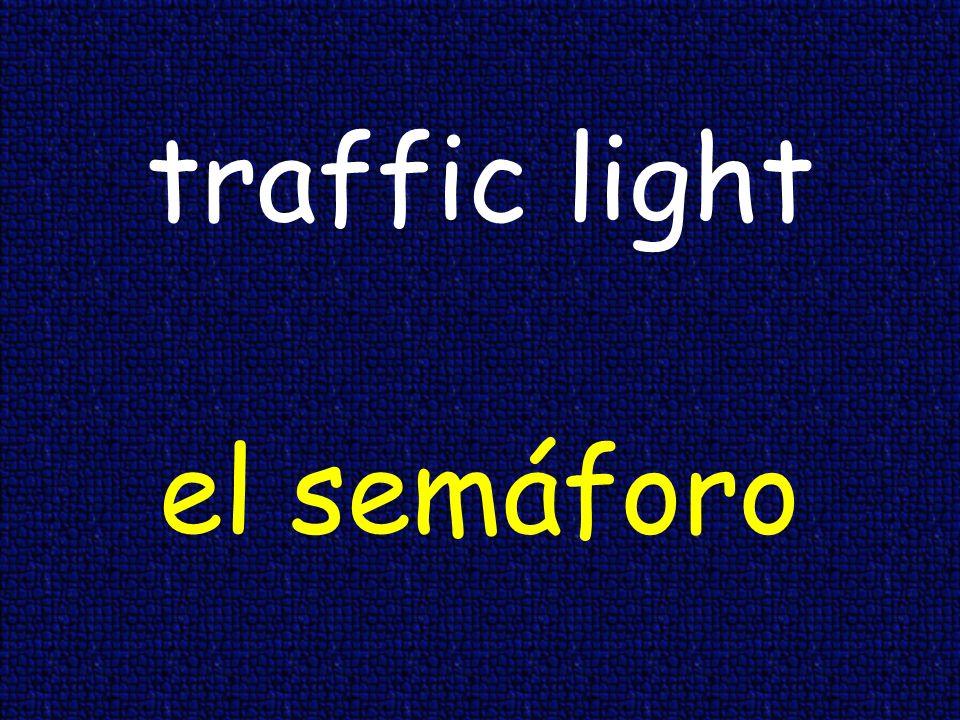 to the right a la derecha