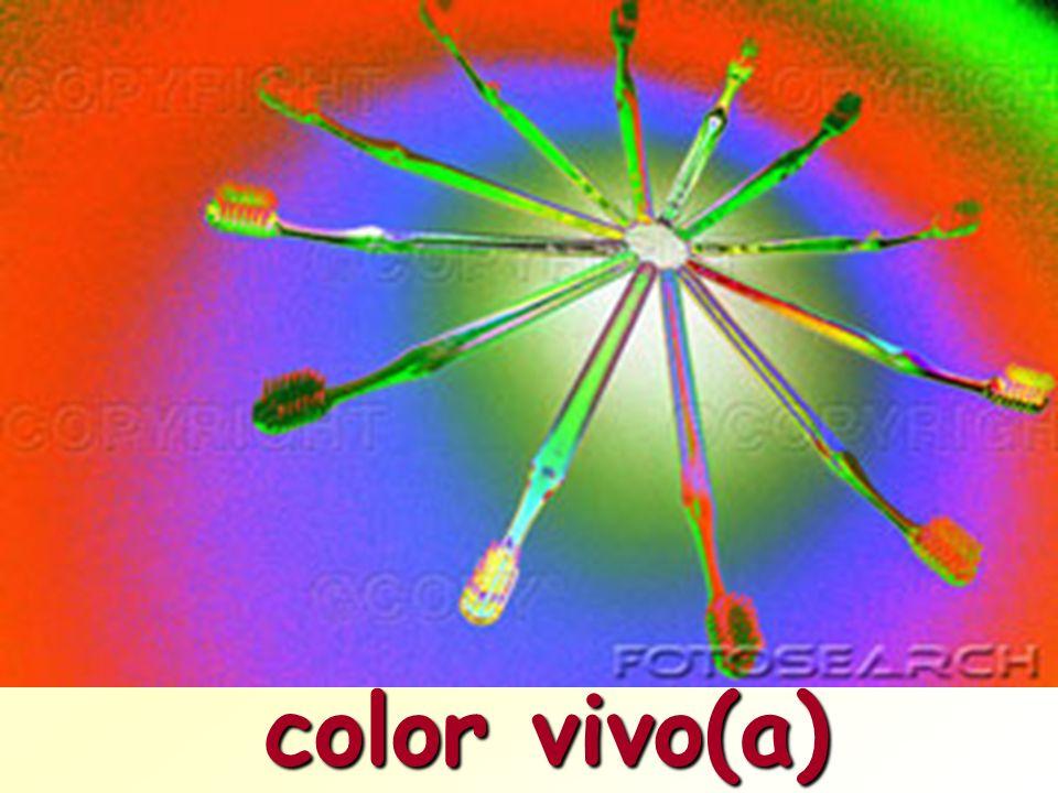 color vivo(a)