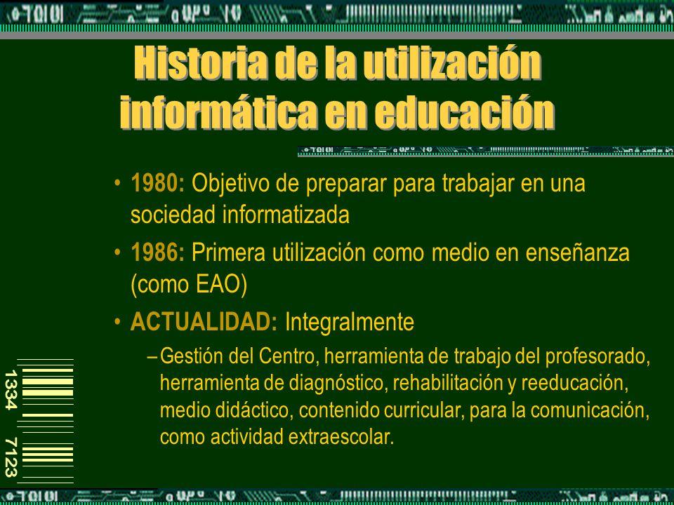 Definición de Software Educativo Programas o aplicaciones con finalidad pedagógica Utilizan como medio el ordenador –FORMATOS: CD-Rom, DVD, online...