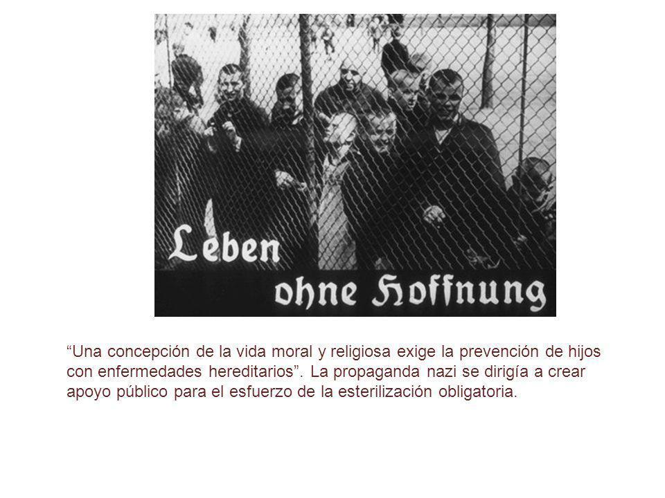 De la Aktion T4 al Genocidio Miembros del T4 en Trieste, Italia En una segunda fase, Aktion 14f 13, comenzaron a seleccionar internados de los campos de concentración, personas de los territorios conquistados del Este, y otros internados de varios institutos, que fueron sistemáticamente asesinados con sobredosis de analgésicos o somníferos o simplemente por causa de unas deliberadas condiciones de abandono y malnutrición (por ejemplo en Mesertz-Obrawalde).