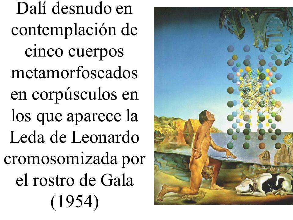 Dalí desnudo en contemplación de cinco cuerpos metamorfoseados en corpúsculos en los que aparece la Leda de Leonardo cromosomizada por el rostro de Ga