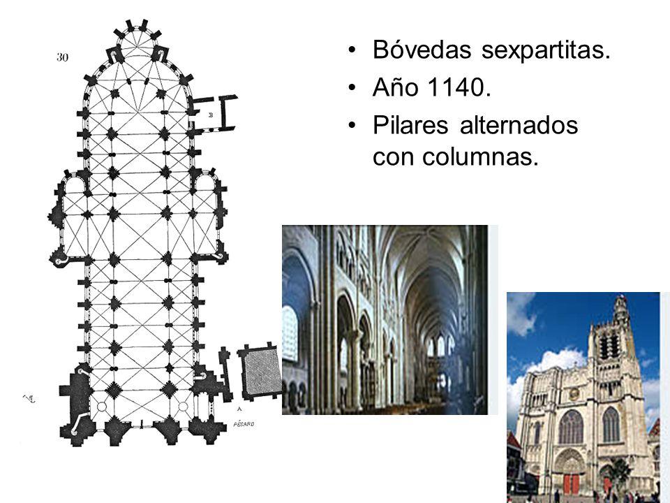 Bóvedas sexpartitas. Año 1140. Pilares alternados con columnas.
