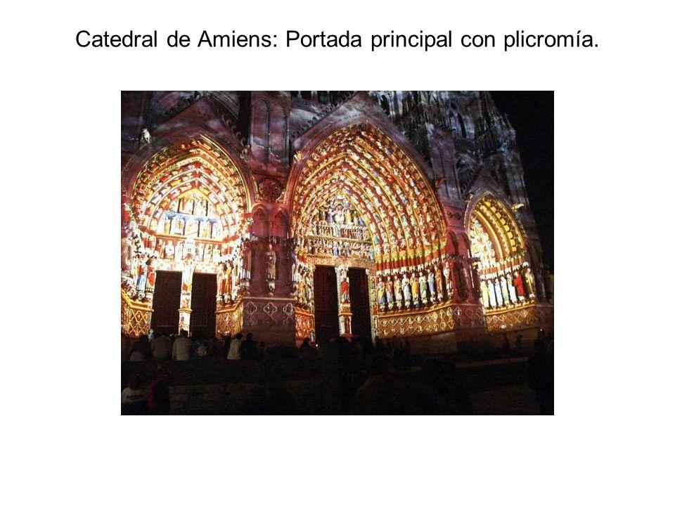 Catedral de Amiens: Portada principal con plicromía.