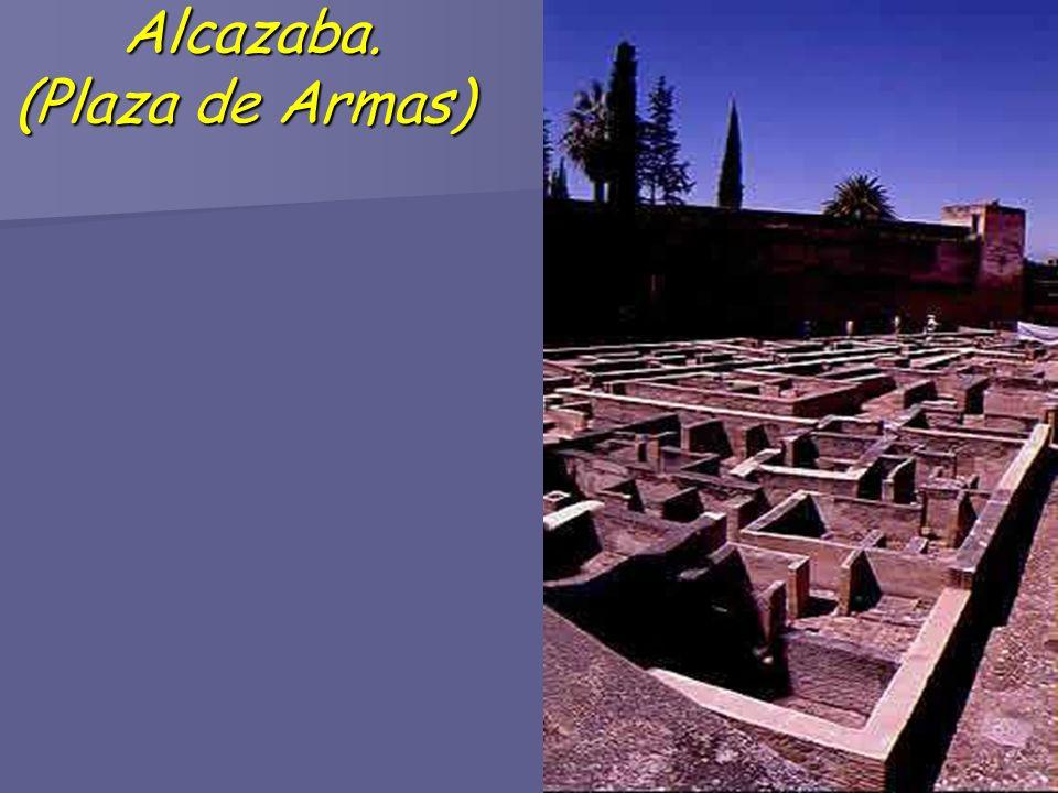 Alcazaba. (Plaza de Armas) Alcazaba. (Plaza de Armas)
