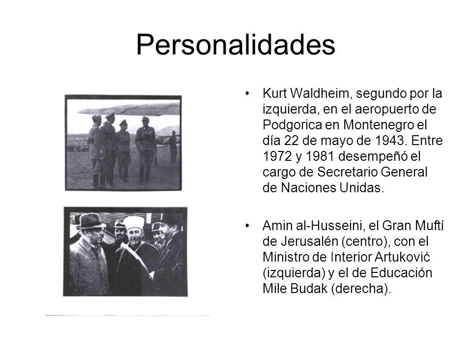 Personalidades Kurt Waldheim, segundo por la izquierda, en el aeropuerto de Podgorica en Montenegro el día 22 de mayo de 1943.