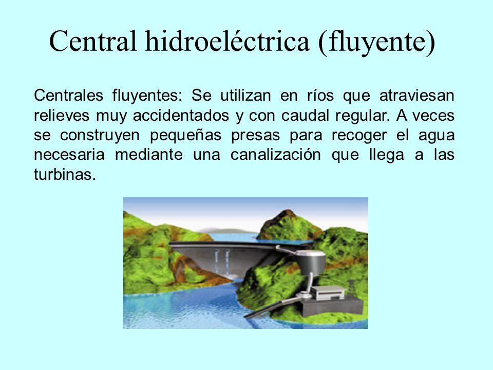 Central hidroeléctrica (de bombeo) Centrales de bombeo: La energía sobrante que producen otro tipo de centrales (las centrales térmicas) se utiliza para que algunas centrales hidroeléctricas bombeen agua hasta un embalse artificial situado por encima de ellas.
