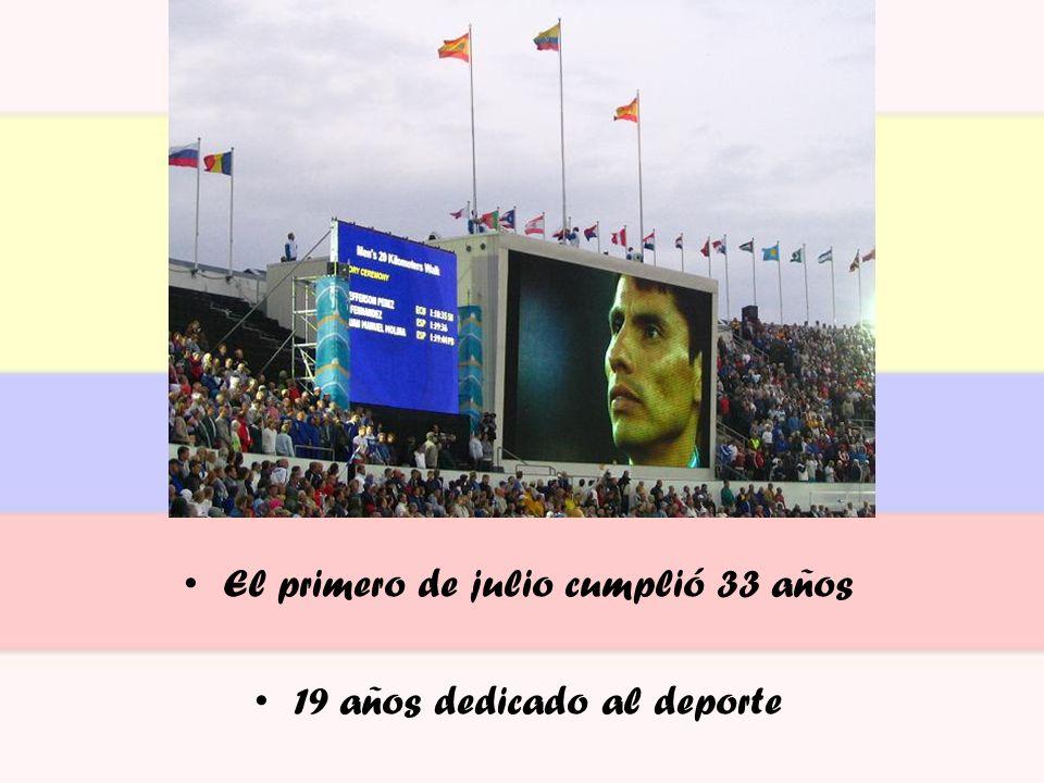 Ecuador logra sus primeras medallas en los Juegos Panamericanos BRASIL, 16/07/2007 42 países y cerca de 5.000 deportistas En la categoría femenina de los 58kg la esmeraldeña Alexandra Escobar obtuvo la primera medalla de oro para el país Ella levantó un total de 223kg