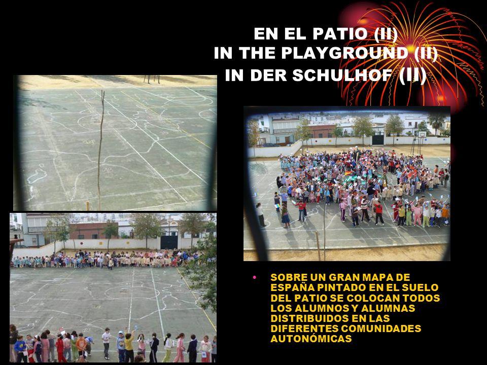 EN EL PATIO (II) IN THE PLAYGROUND (II) IN DER SCHULHOF (II) SOBRE UN GRAN MAPA DE ESPAÑA PINTADO EN EL SUELO DEL PATIO SE COLOCAN TODOS LOS ALUMNOS Y