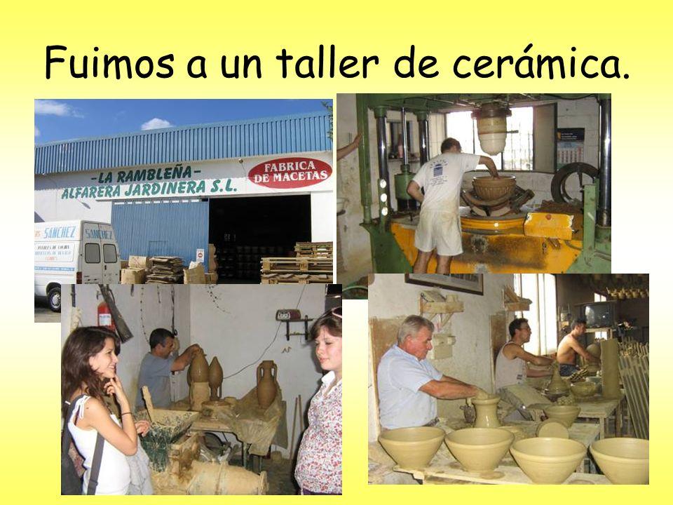 Fuimos a un taller de cerámica.