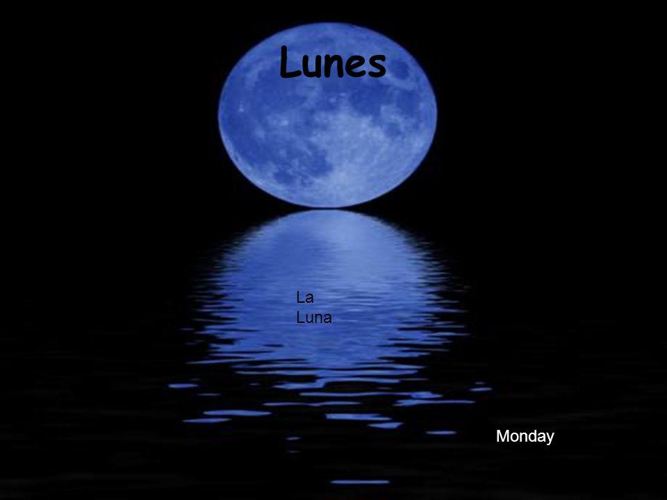 Lunes La Luna Monday