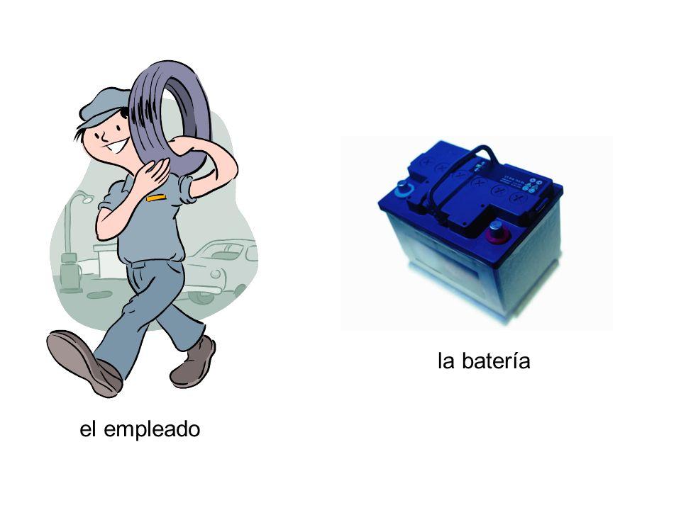 el empleado la batería