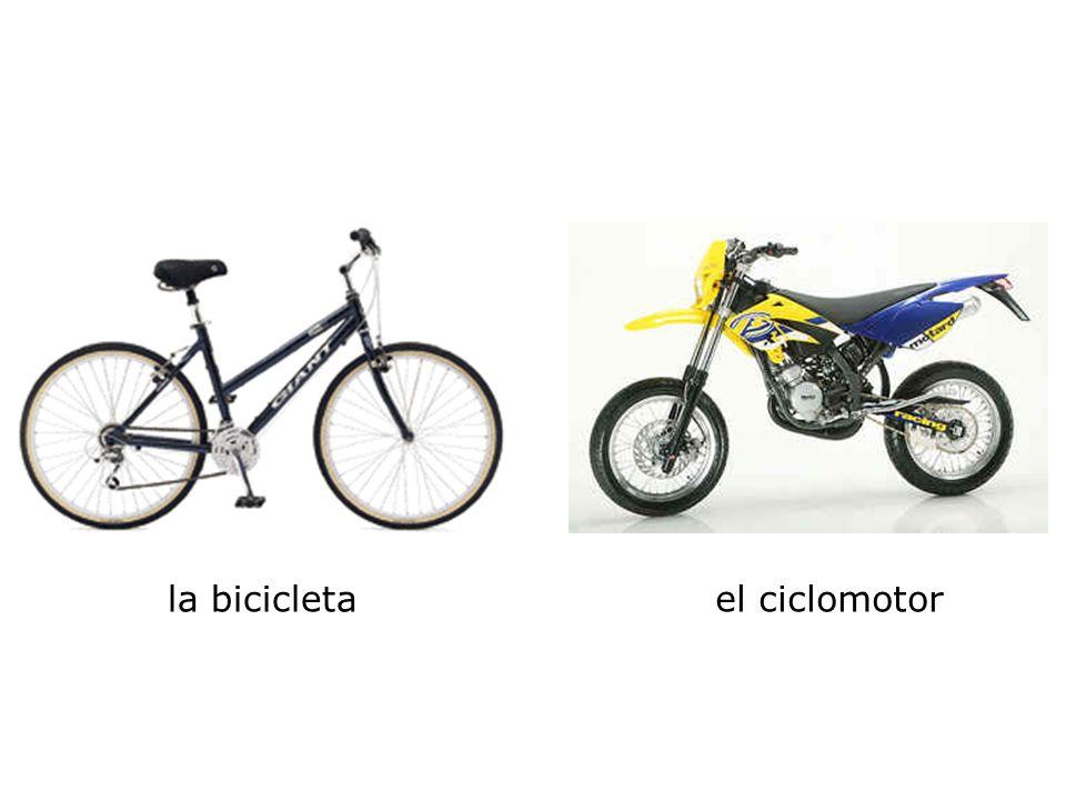 la bicicletael ciclomotor