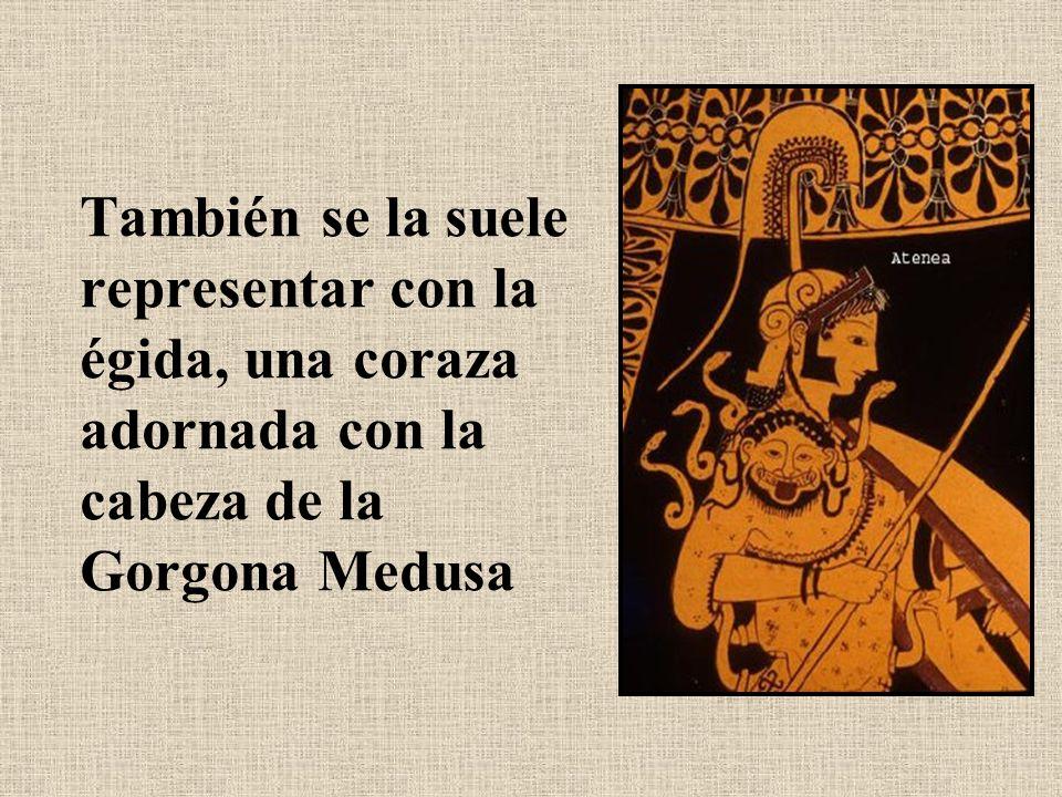 También se la suele representar con la égida, una coraza adornada con la cabeza de la Gorgona Medusa