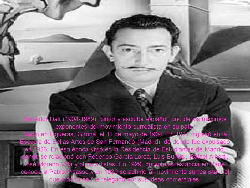 Salvador Dalí (1904-1989), pintor y escultor español, uno de los máximos exponentes del movimiento surrealista en su país. Nació en Figueras, Girona,