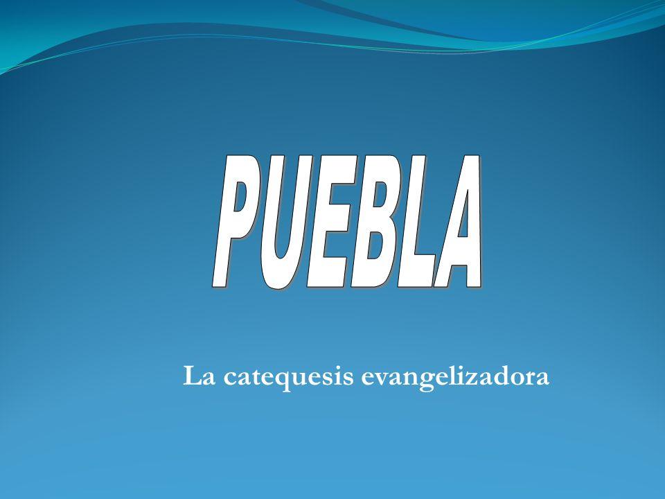 Medellín diseña una catequesis fundada al mismo tiempo: a). En la fidelidad al hombre y a los conceptos socioculturales del continenete b). En la prim