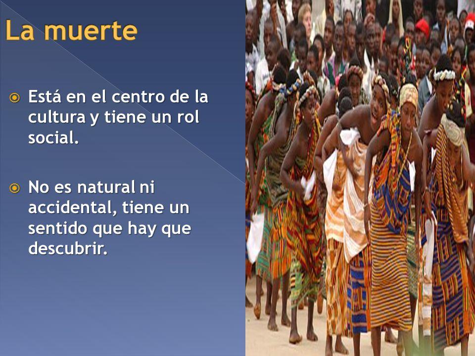 Está en el centro de la cultura y tiene un rol social. Está en el centro de la cultura y tiene un rol social. No es natural ni accidental, tiene un se