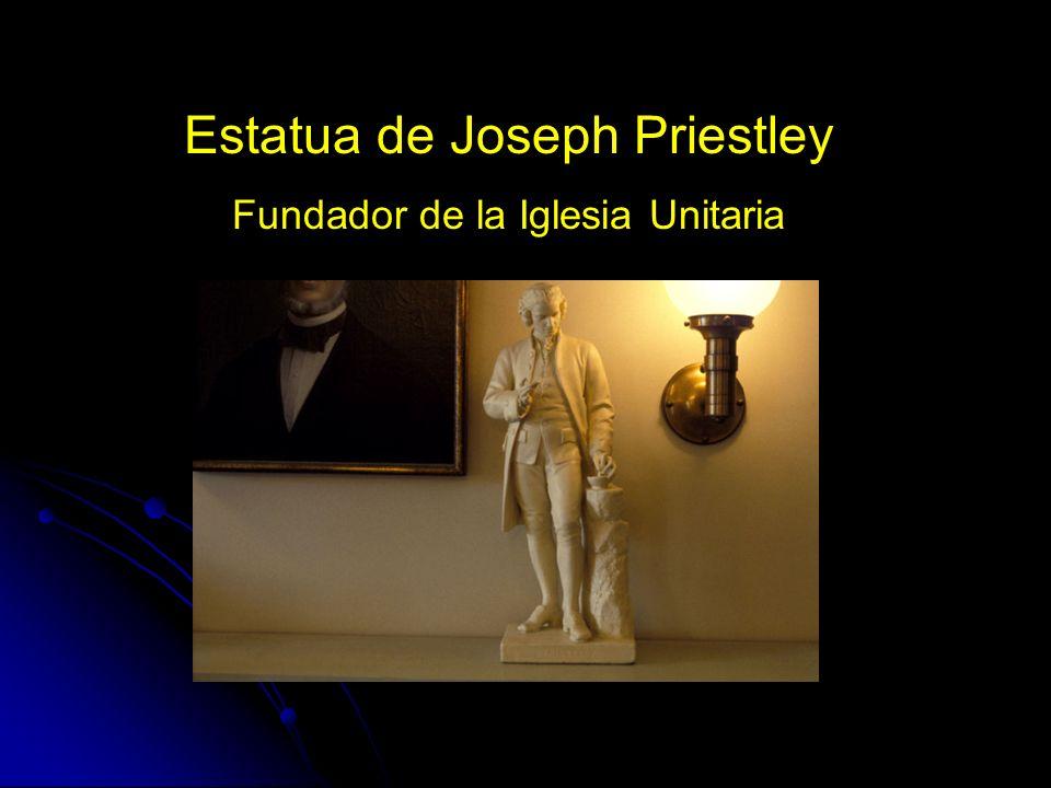 Estatua de Joseph Priestley Fundador de la Iglesia Unitaria