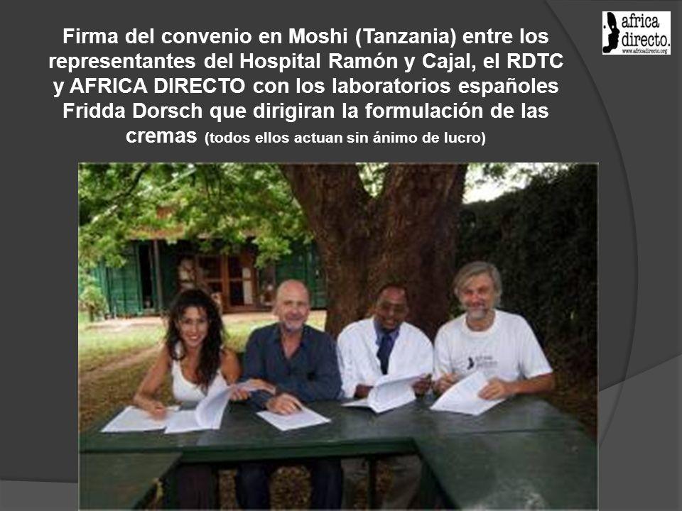 Firma del convenio en Moshi (Tanzania) entre los representantes del Hospital Ramón y Cajal, el RDTC y AFRICA DIRECTO con los laboratorios españoles Fr