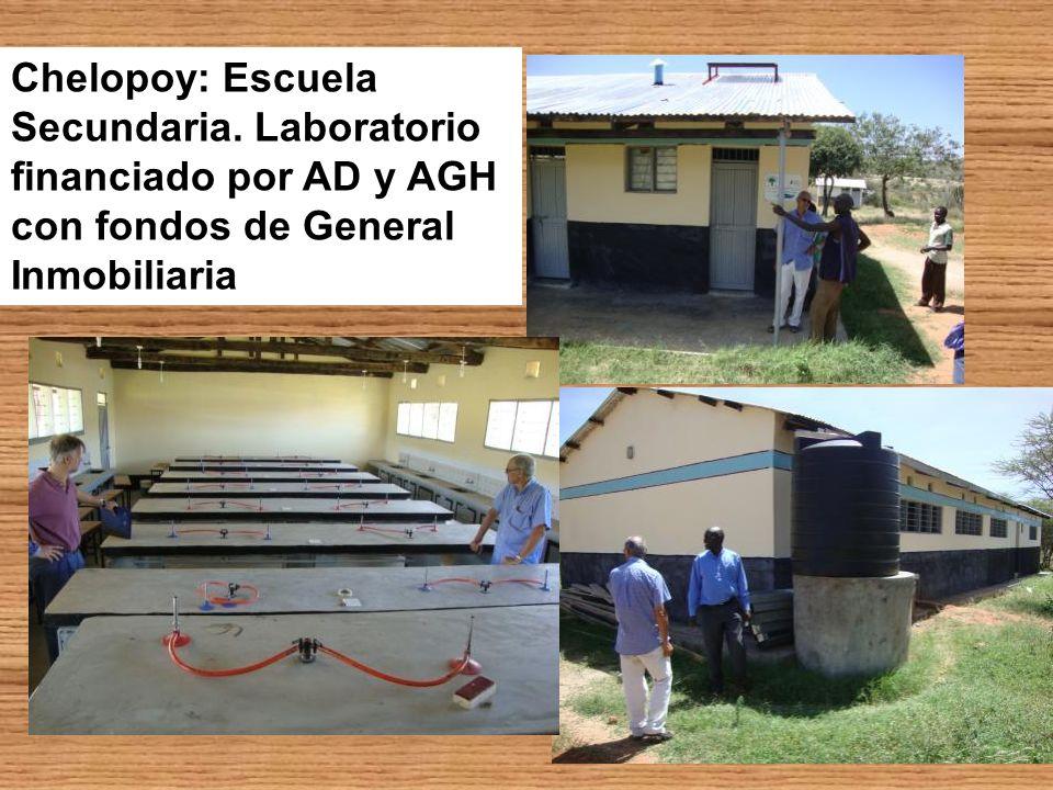 Chelopoy: Escuela Secundaria. Laboratorio financiado por AD y AGH con fondos de General Inmobiliaria