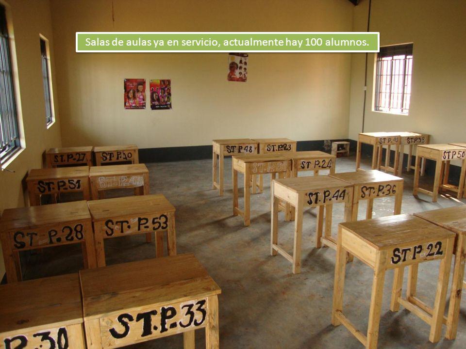 Salas de aulas ya en servicio, actualmente hay 100 alumnos.