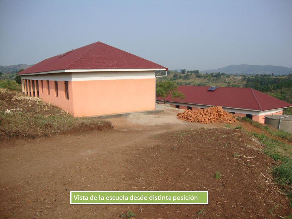 Vista de la escuela desde distinta posición