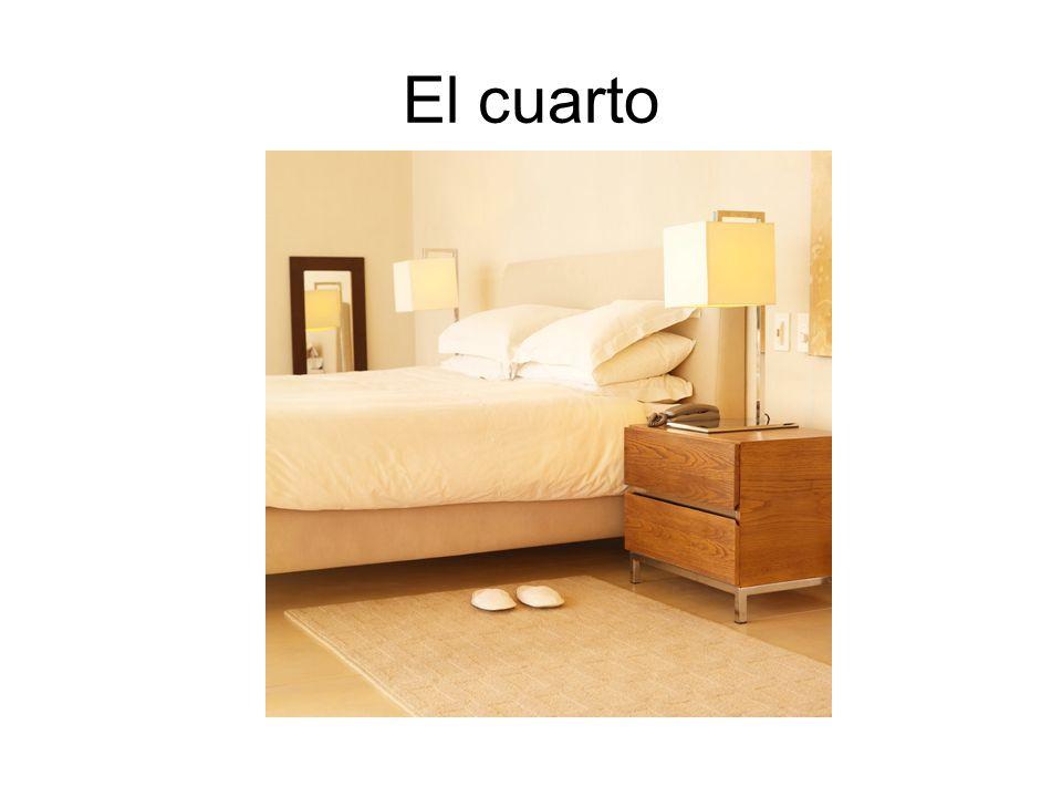 La cama La almohada La sábana La manta, La frazada