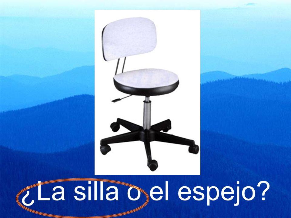 ¿La silla o el espejo?